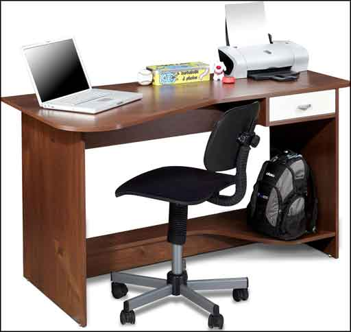 traditional wooden computer desk for student