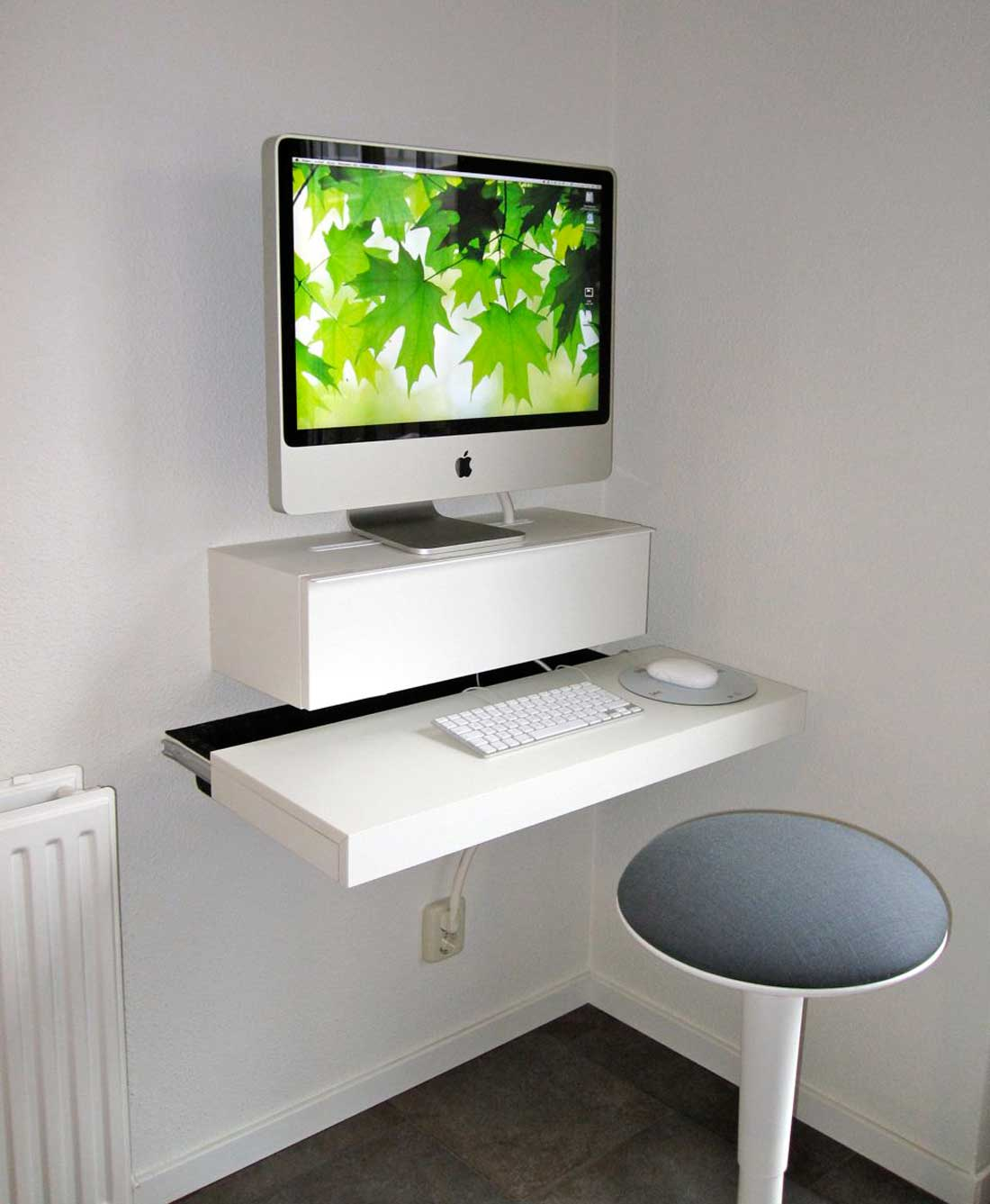 white Ikea computer desk for iMac