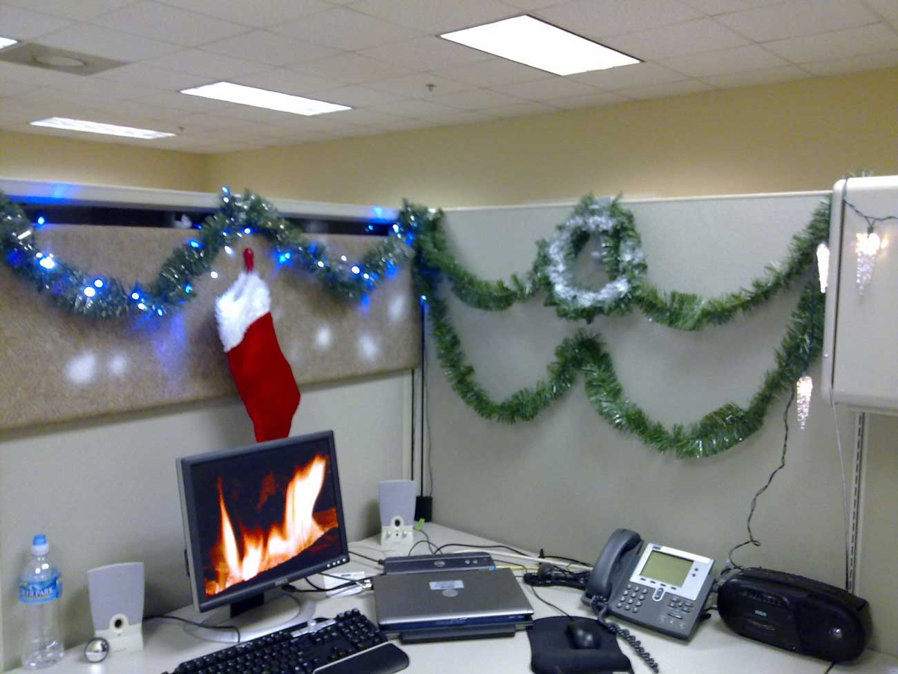 Christmas Time Cubicle Decoration at Atlanta