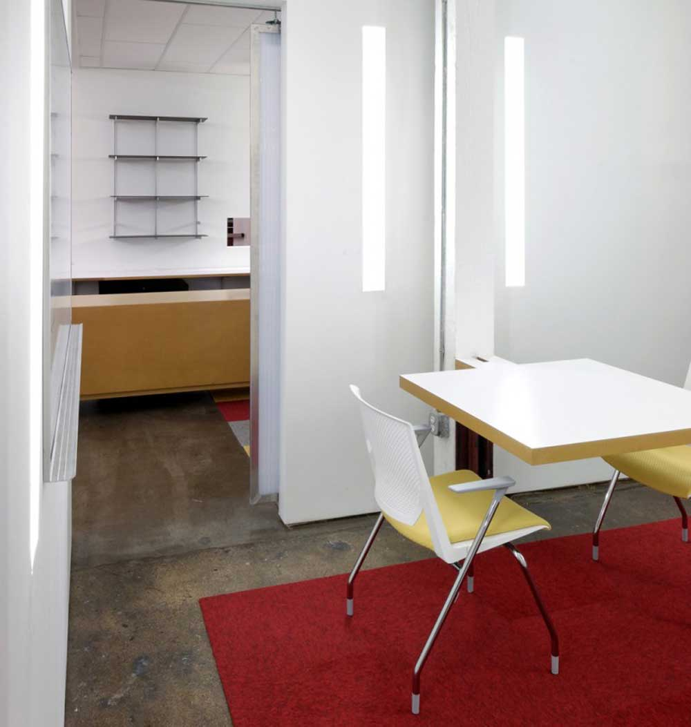 Contemporary office design for home