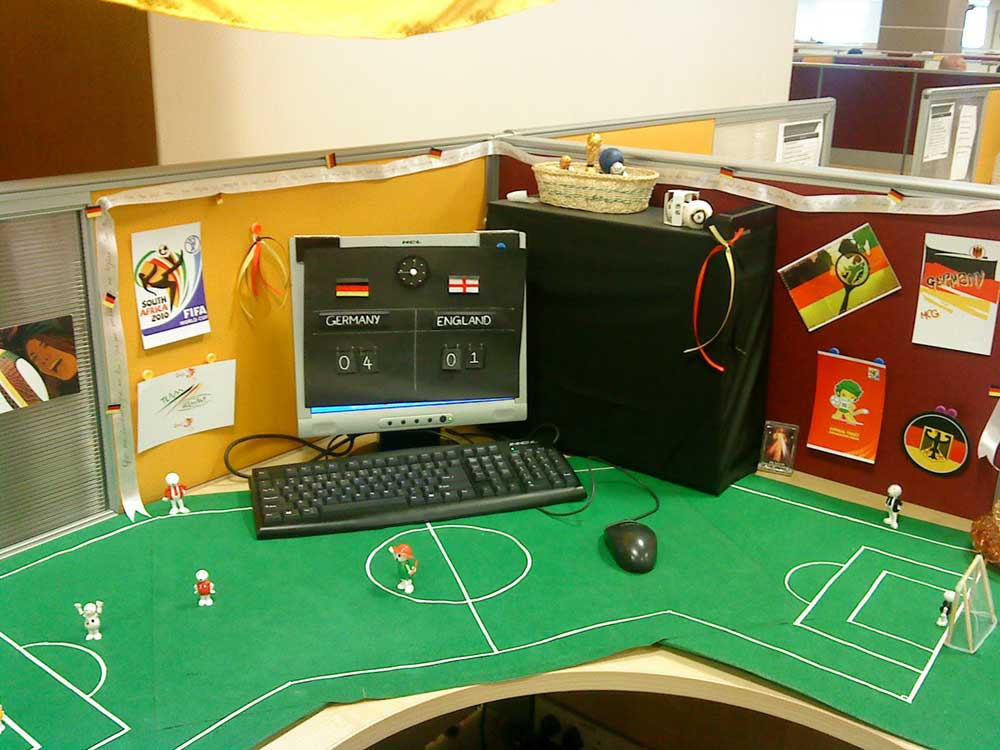 FIFA Germany Football Office Cubicle Arrangement