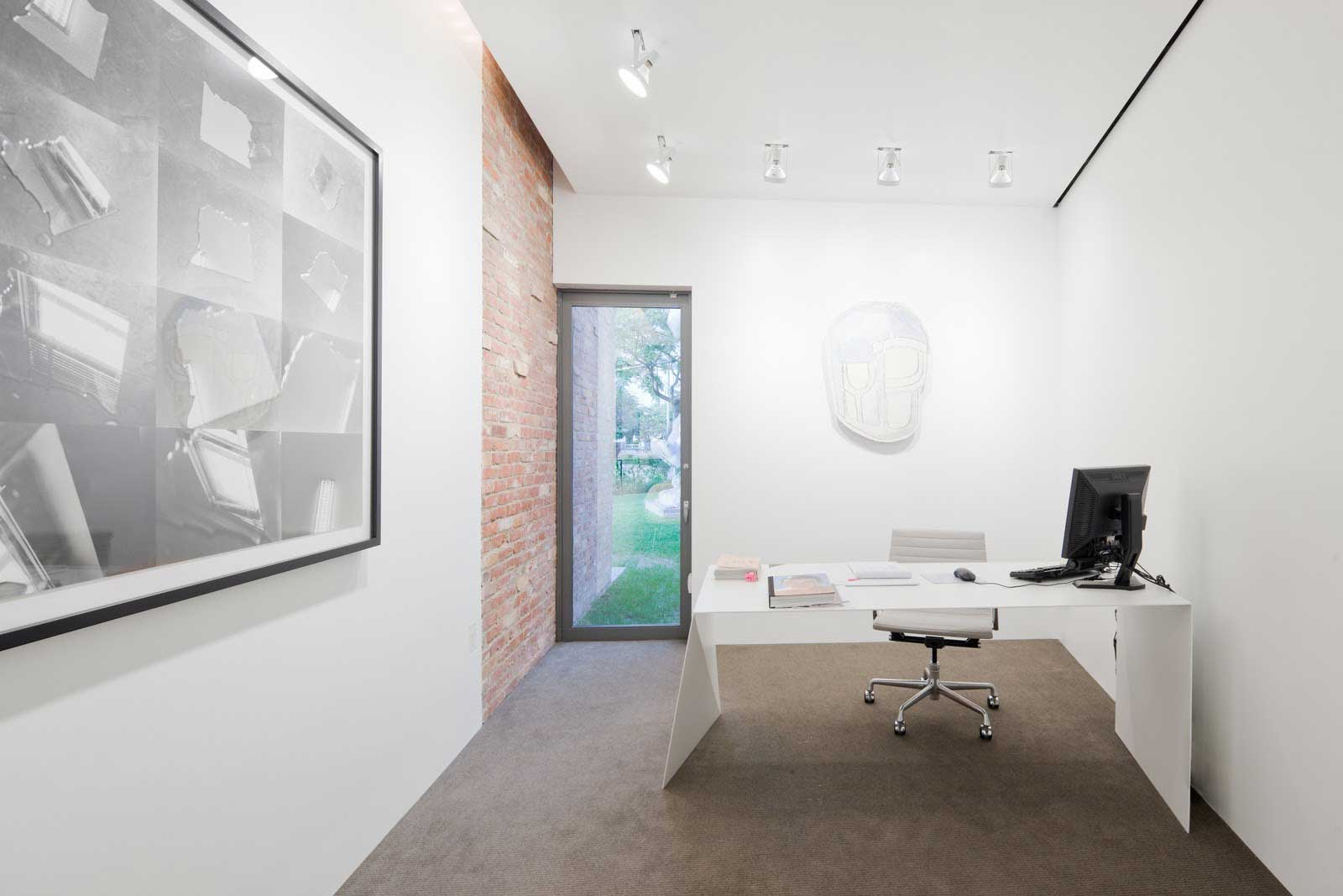 Simple Los Angeles Home office furniture design