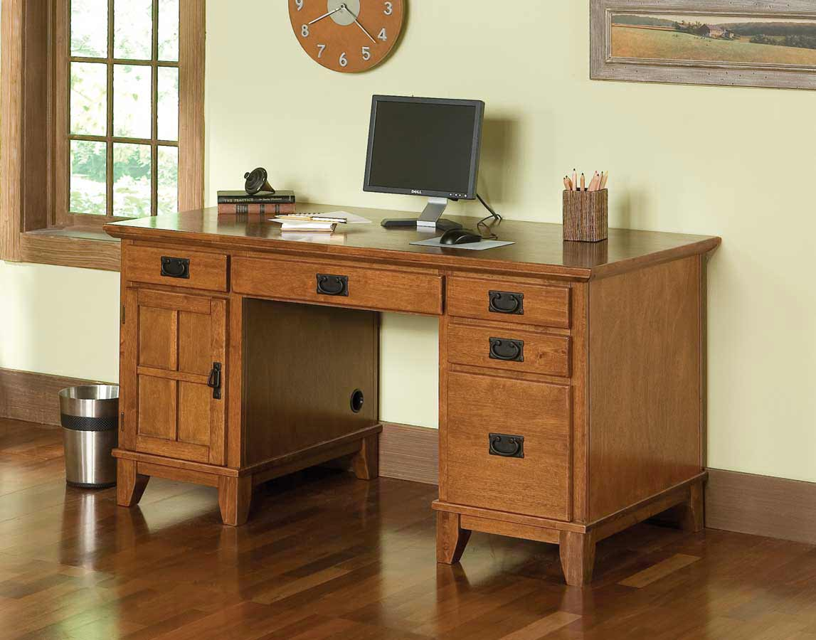 Stylish Cottage Oak Computer Pedestal Desks