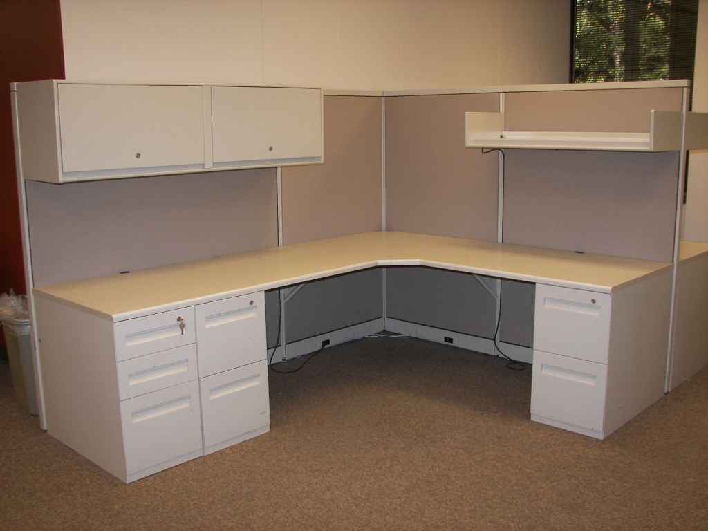 Steelcase Office Furniture Cubicle from Avenir