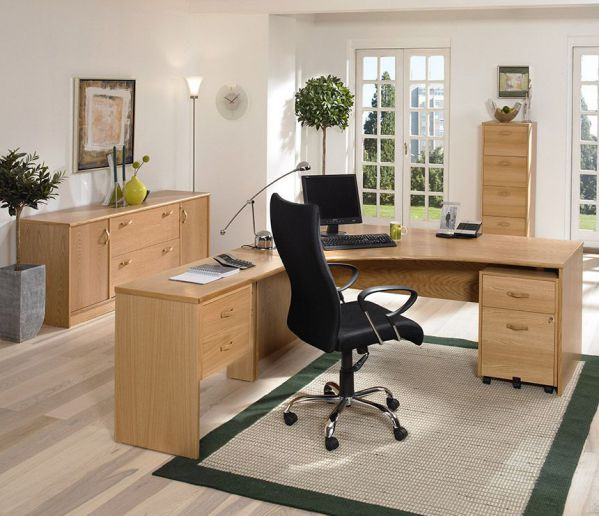 Beautiful Modern Wooden Office Workspace