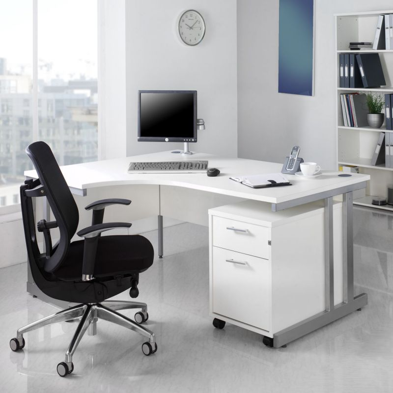 Black nd white home office furniture for work