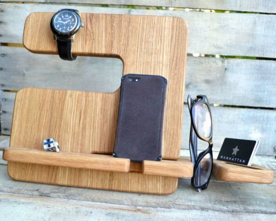 Cool Wooden iphone holder organizer desk accessories