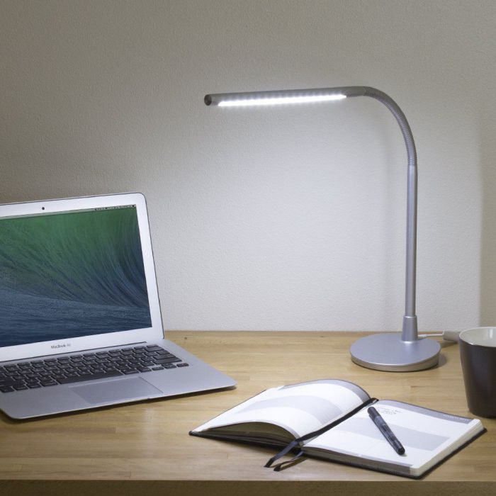 Satechi Flexible LED Desk Lamp with USB Outlet (Silver)